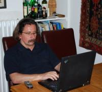 Nandor dolgozik